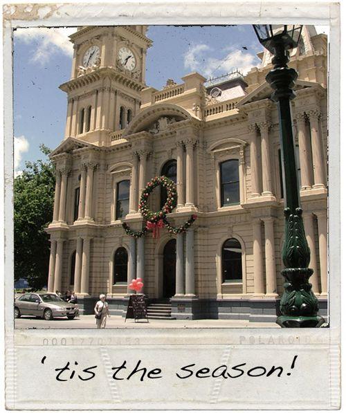 Town-hall-christmas